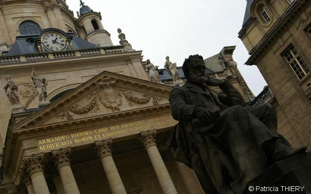 Cour d'honneur de la Sorbonne © Patricia THIERY